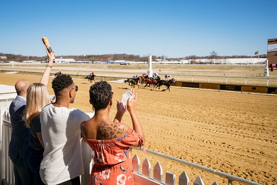 Laurel, MD : Get closer to the racing action than ever before