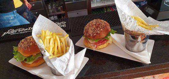 Figueira, Portugal: Delicia de hambúrgueres