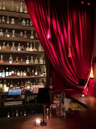 """Cocktail Bar of """"Cabaret"""""""