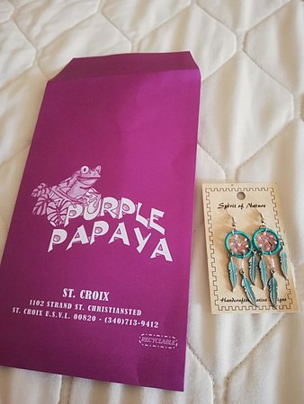 Purple Papaya Souvenir and Gift Shop