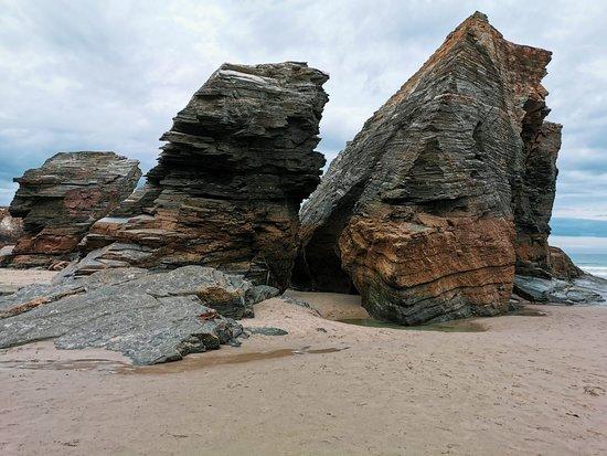 Province of Lugo, Spanje: Playa de las Catedrales por Shaila Pereira Machío