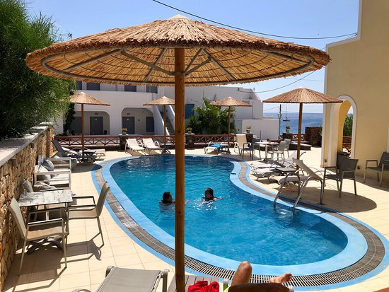Chez Sophie Rooms & Suites, hoteles en Santorini
