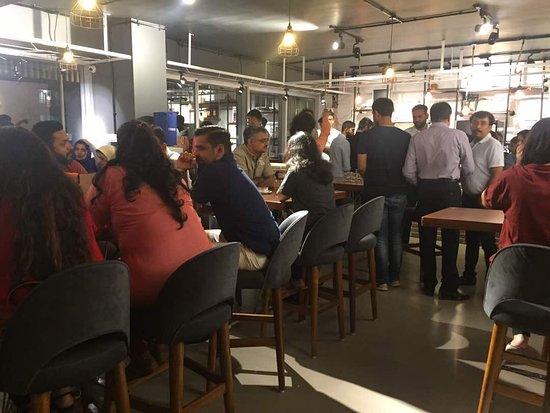 Meraki The Coffee House: Always Housefull!