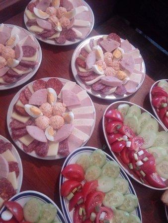 Sokobanja, Servië: Kuvana jela,supe,čorbe,rostilj,riba,iznutrice,prijatan ambijent.pa izvolite ☺