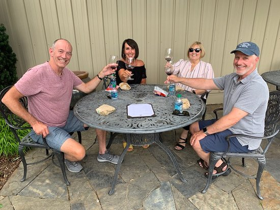 Picnic lunch, great friends and wine, doesn't get much better!