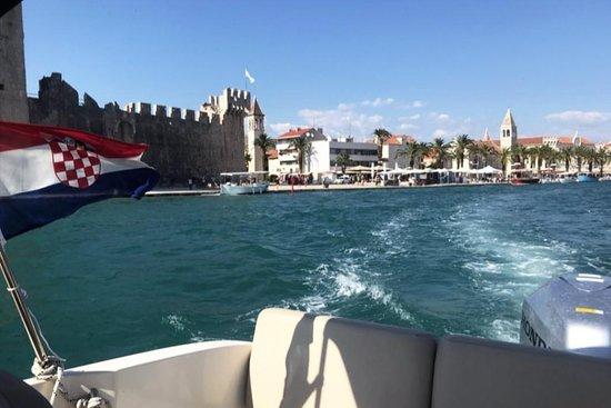 Aqua Charter