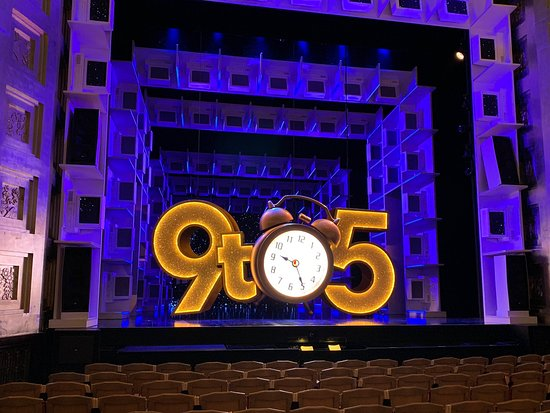 ‪9 to 5 the Musical‬