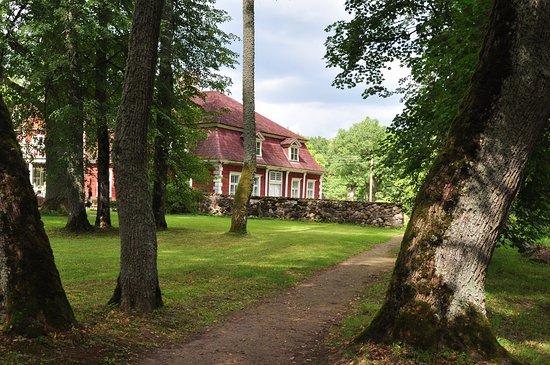 Raiskums, לטביה: Вид на усадьбу