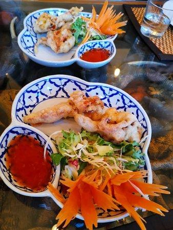 The Cricketers: 惊喜的发现,吃了几天西餐想吃点中餐。看看城里的中餐馆都是磨刀霍霍的架势。店里的老太太服务态度很好,菜也做得中规中矩。很好!