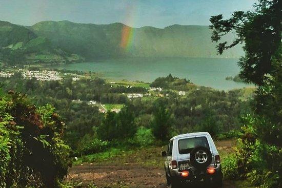 Azorean Guide - 4x4 Azores Tours