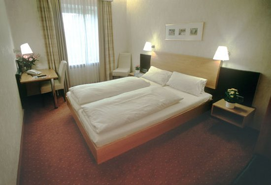 Hotel Jedermann, Munich - Review of Jedermann Hotel, Munich