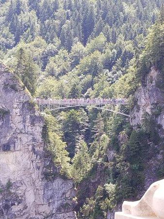 お城がバッチリ撮れる橋