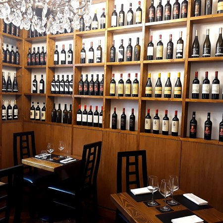 Salino Restaurant & Wine Bar
