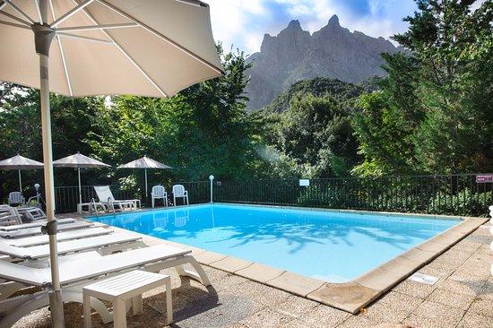 Hotel Cala Di Sole, hôtels à Ota