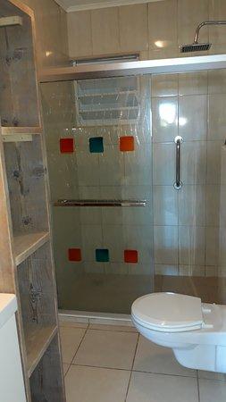 Jan Thiel, Curaçao: Shower