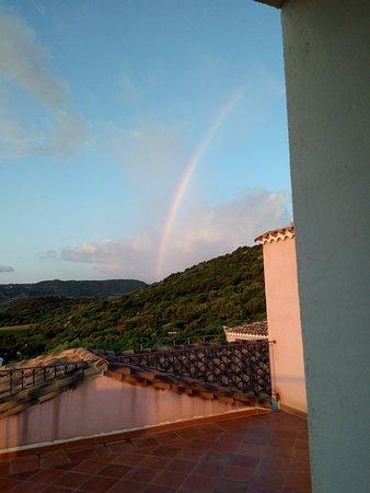 Funtana Ena: Arcobaleno su Loceri