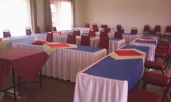 Plain Springs Hotel: Inside conference room
