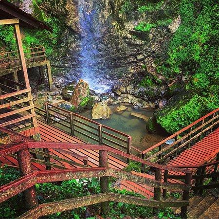 Muchas cascadas