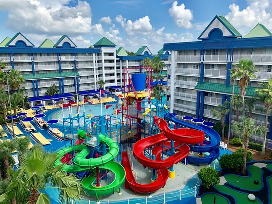 Excellent FAMILY hotel with bonus waterpark        (was the