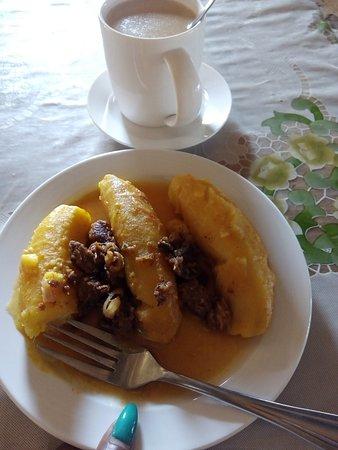 Kumi, Ουγκάντα: Matooke katogo with ovals