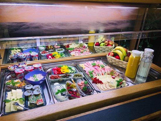 Mylau, Tyskland: Frühstücksbuffet