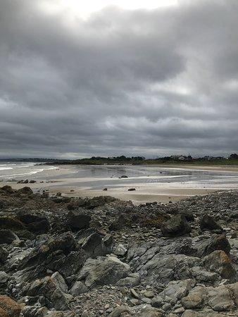 Golfers urged not to break 5km limit as clubs await return to
