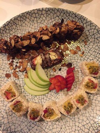 Лучшие суши/роллы  тут!!