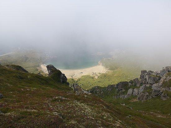 Nyksund, النرويج: Fra Kjølen ned mot Skipssanden. 