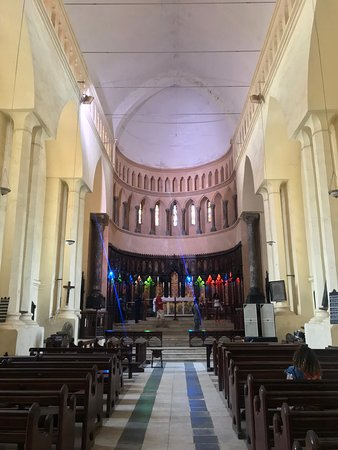 Old Slave Market/Anglican Cathedral: Inside the church