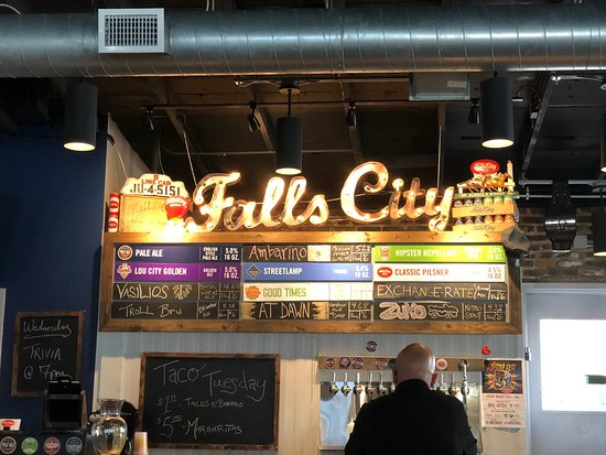 ‪Falls City Brewing‬