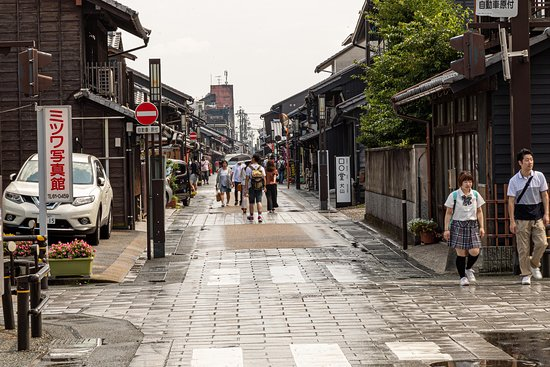 One of the streets around the Ineyama Castle