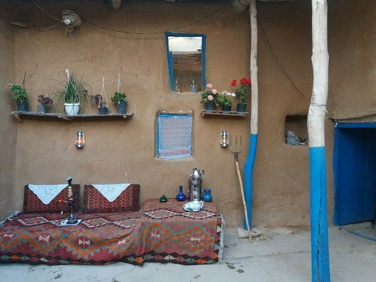 West Azerbaijan Province, Iran: Mirpanj Boom Residence, Traditional, Quiet and Cozy Home, Cheap, Free Breakfast, Traditional Iranian Cuisine, West Azerbaijan, Takab City