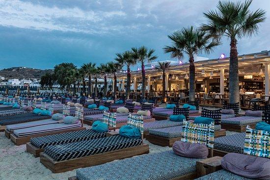 Pasaji: Seaside at magnificent Ornos beach!
