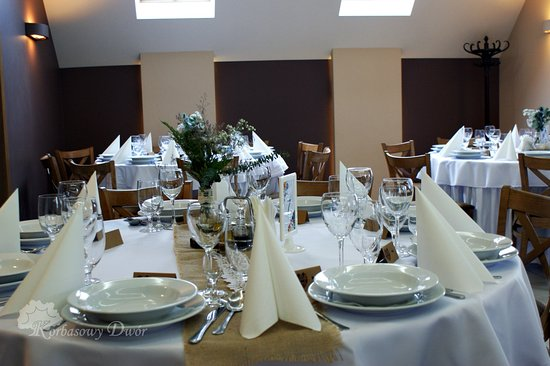 Restauracja Korbasowy Dwór: Mimo że dzisiaj środa, u nas weselnie. Zapraszamy do organizacji przyjęcia weselnego w tygodniu :)