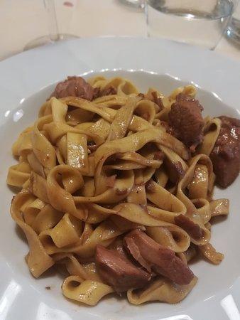 Chiauci, Italië: Tagliatelle al cinghiale. Le più buone mai mangiate