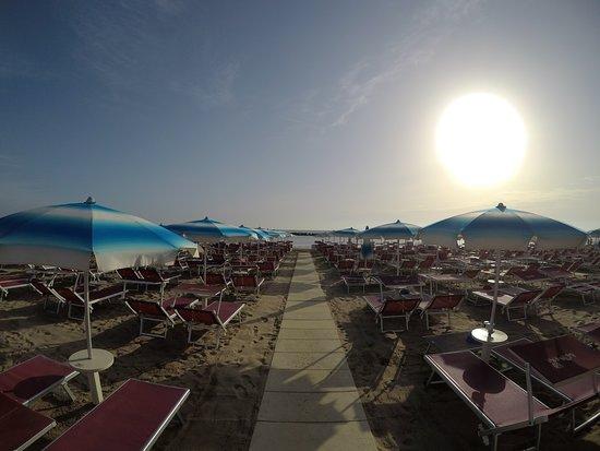Paguro Beach Bellaria Centro