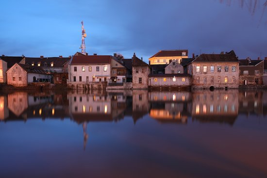 Karlovac, Kroatië: One of the numerous beautiful town motifs. This time from the river Kupa.
