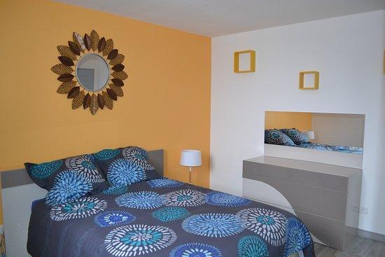 Arneke, Frankrike: Chambre avec lit 140x190