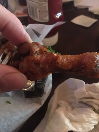 Warman, Canada : Yikes.  Over cooked and pieces uneatable. Not a good experience.  Second night coming for wings and 2 swings and a miss.   Too bad as a great brunch   Mind you Wade makes the best Caesar around!!