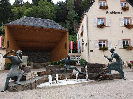 Le Badigeonneur, Le Musicien, Le Fou