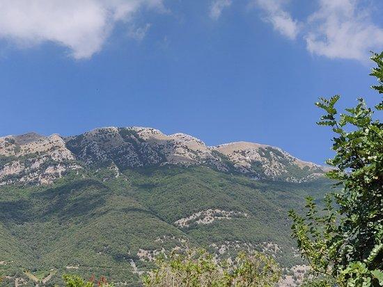 Monteforte Cilento, Italië: Una isola felice tra le montagne del cilento