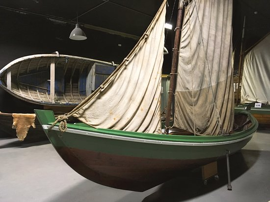 Reykholar, Islandia: In the boat workshop where clinker-type boats were hand-built.