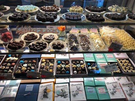 FRUENE KAFFE OG VINBAR, Longyearbyen - Restaurant Reviews, Photos & Phone  Number - Tripadvisor