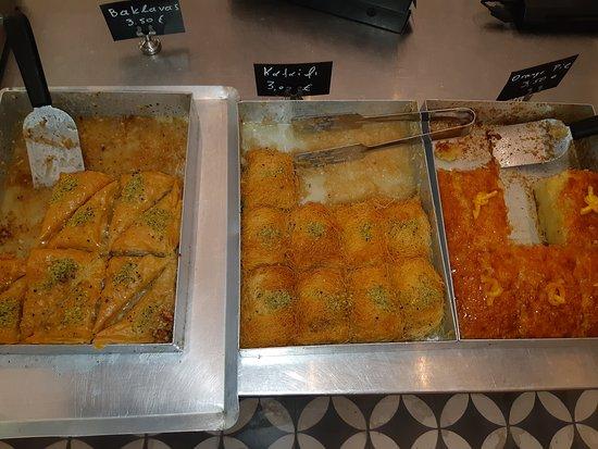 Alesta: Delicious baklava and orange cake. Excellent service and staff!