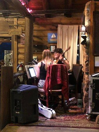 Rock Inn Mountain Tavern: Live music was very good!