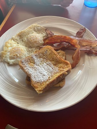 Mill City, OR: Hmm French toast and eggs
