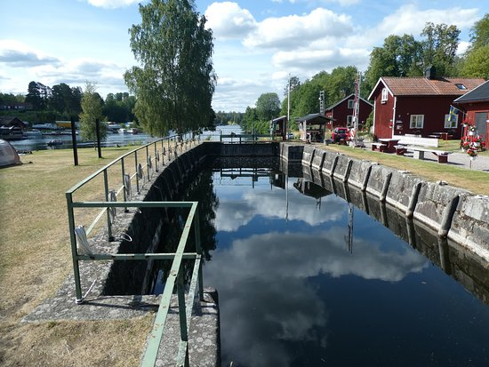 Slussen i Gustavsfors till Dalslands Kanal