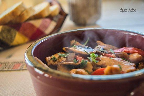 Neapolis, اليونان: ♨ Τηγανιά Κοτόπουλο    Pan fried chicken 