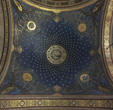 Church of All Nations (Basilica of the Agony): Ceiling showing stars and olive trees