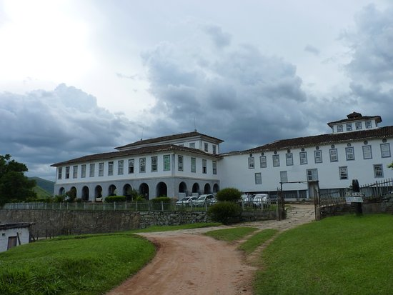 Santa Rita de Jacutinga: Vista lateral